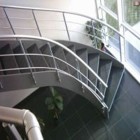 saç-yanaklı-merdiven-2